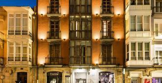 维多利亚阿巴爵士酒店 - 维多利亚 (西班牙)