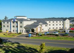 亚库伊纳湾酒店 - 纽波特(俄勒冈州) - 建筑