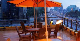 瓦萨马尔酒店 - 亚的斯亚贝巴 - 阳台