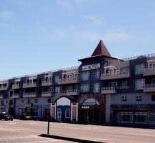 斯瓦科普蒙德广场酒店
