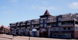 斯瓦科普蒙德广场酒店 - 斯瓦科普蒙德 - 建筑