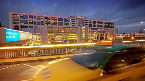 墨尔本机场宾乐雅酒店 - 墨尔本 - 建筑