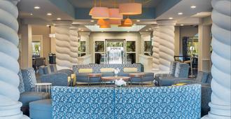 劳德代尔堡机场假日酒店 - 好莱坞 - 休息厅