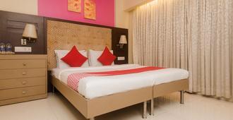 克夭希总统酒店 - 孟买 - 睡房