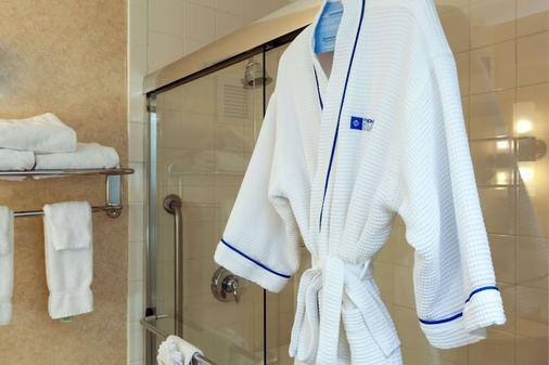 温德姆波士顿笔架山酒店 - 波士顿 - 浴室