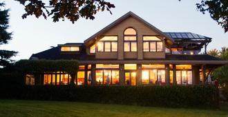 三角帆美食酒吧及旅馆 - 维多利亚 - 建筑