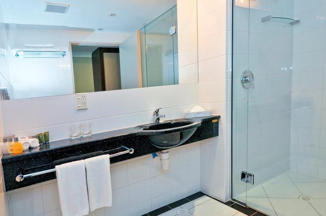 沃特福兰特酒店 - 新普利茅斯 - 浴室