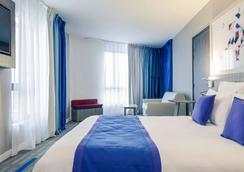 美居土鲁斯南酒店 - 图卢兹 - 睡房