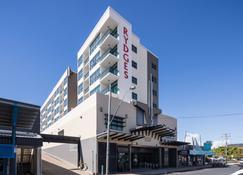 麦凯河套房酒店 - 麦凯 - 建筑