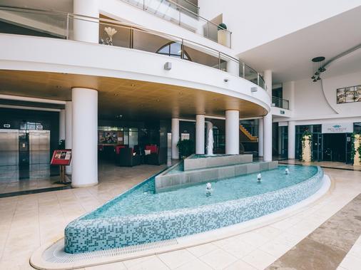 格兰德穆图佛尔特瓦勒公寓式酒店 - 阿尔布费拉 - 柜台