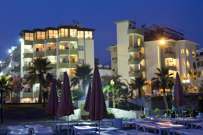 克里赞特姆酒店 - 阿拉尼亚 - 建筑