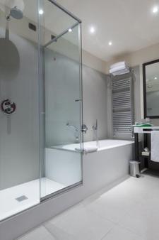 格昂德马特艾酒店 - 拉文纳 - 浴室