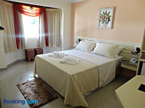 里约佩妮多酒店 - Penedo - 睡房