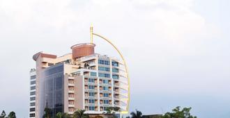 日月行馆国际观光酒店 - 南投市 - 建筑