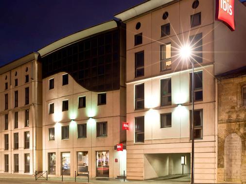 波尔多市中心圣让车站宜必思酒店 - 波尔多 - 建筑