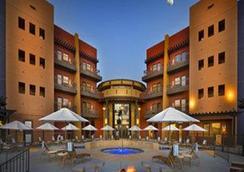 沙漠钻石娱乐场酒店 - 土桑 - 游泳池