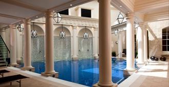 盖恩斯伯勒温泉浴场 - Ytl经典酒店 - 巴斯 - 游泳池
