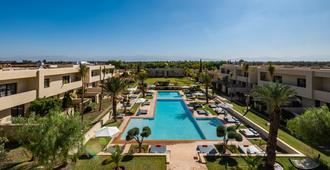 希洛岩精品酒店及马拉喀什Spa - 马拉喀什 - 游泳池