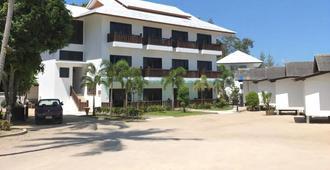 麦克海湾度假酒店 - 帕岸岛 - 建筑
