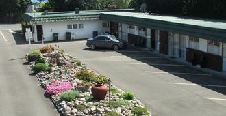 弗拉明戈汽车旅馆 - 新普利茅斯 - 户外景观