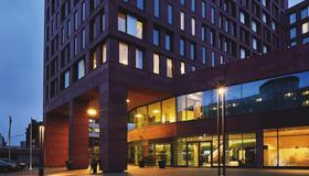 汉堡市中心华美达酒店 - 汉堡 - 建筑