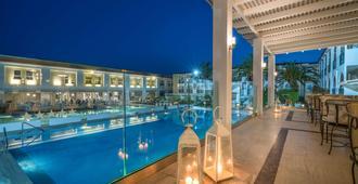 桑特公园贝斯特韦斯特酒店 - 拉加纳斯 - 露台