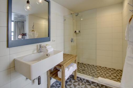 博罗酒店 - 皇后区 - 浴室