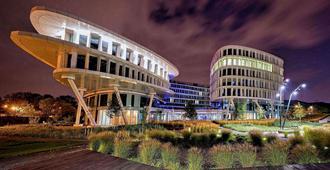 声音花园机场酒店 - 华沙
