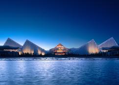 拉萨圣地天堂洲际大饭店 - 拉萨 - 户外景观