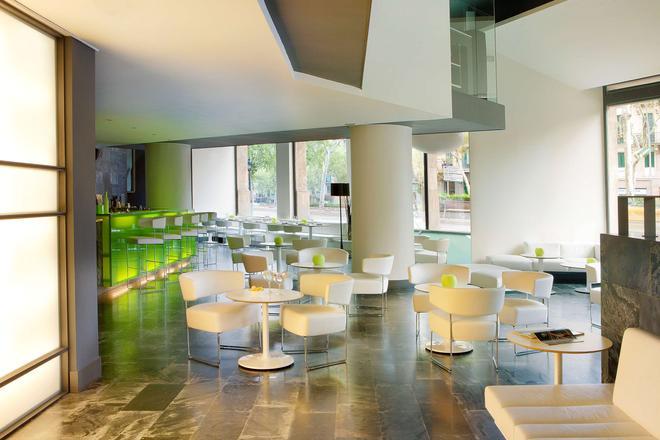 H10卡萨诺瓦酒店 - 巴塞罗那 - 酒吧