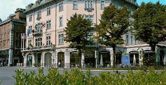 意大利大酒店 - 帕多瓦 - 建筑