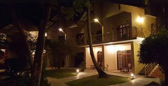 培奥维赫尔乡村度假酒店 - 丹布勒 - 建筑