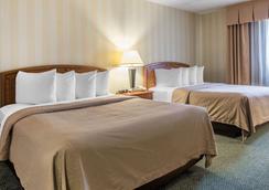 科罗拉多斯普林斯机场品质酒店 - 科罗拉多斯普林斯 - 睡房