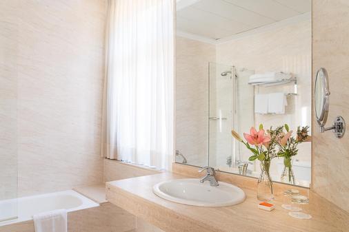 英伦酒店 - 格拉纳达 - 浴室