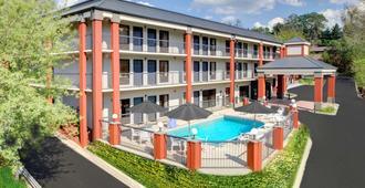 凯隆酒店-比尔特莫尔村 - 阿什维尔
