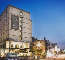 罗波罗酒店