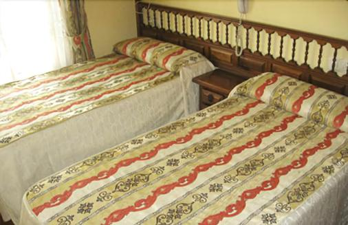 卡塞斯旅馆 - 维戈 - 睡房
