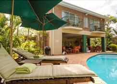 阿瓦隆旅馆 - Saint Lucia - 游泳池