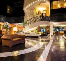蒙特雷克里斯塔尔酒店