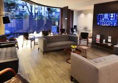 帕纳美丽嘉纳普罗维登西亚酒店 - 圣地亚哥 - 大厅