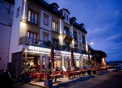 拉瓦雷酒店 - 迪纳尔 - 建筑