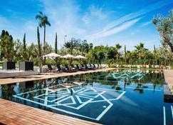 迪亚法精品酒店及spa中心 - 拉巴特 - 游泳池