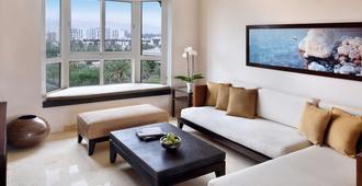 亚喀巴莫温匹克度假公寓 - 亚喀巴 - 客厅