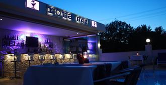 罗塔酒店 - 达利安 - 酒吧