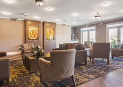 克拉丽奥柳江河酒店 - 赛维尔维尔 - 休息厅