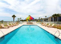 吉柯岛戴斯套房酒店 - 杰基尔岛 - 游泳池