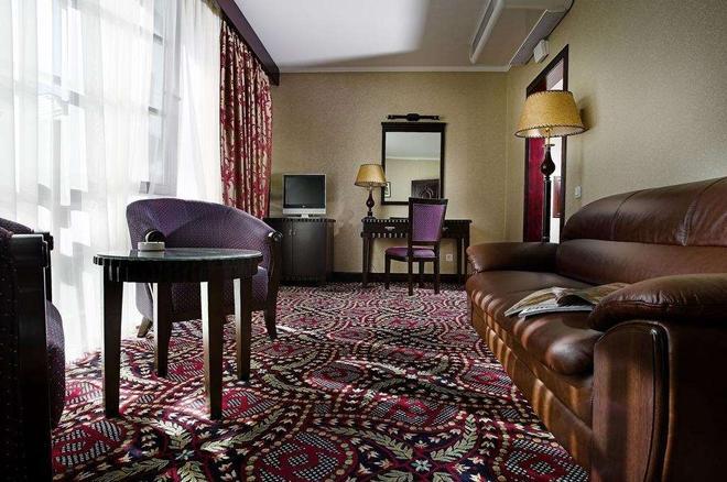 伦敦酒店 - 敖德萨 - 客厅
