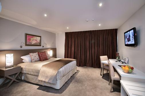 圣詹姆斯高级住宿酒店 - 汉默温泉 - 睡房