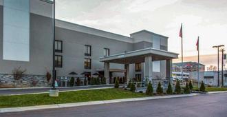 那什维尔机场优质套房酒店 - 纳什维尔 - 建筑