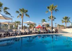 伊比沙西方酒店 - 普拉亚登博萨 - 游泳池